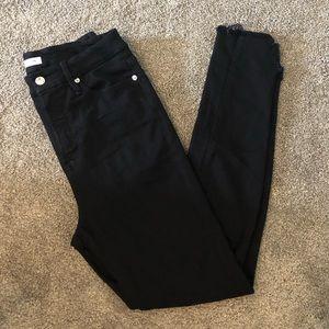 Good American Good Waist Side Triangle Jeans